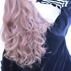 ピンク アッシュ 外国人風 セミロング ヘアスタイルや髪型の写真・画像