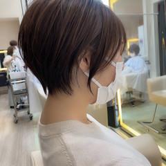 インナーカラー ショートボブ ナチュラル ショート ヘアスタイルや髪型の写真・画像