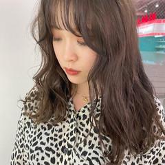 ベージュ ロング ミルクティーグレージュ 韓国ヘア ヘアスタイルや髪型の写真・画像