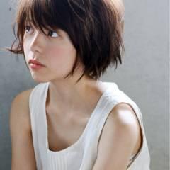 外ハネ フェミニン ボブ かわいい ヘアスタイルや髪型の写真・画像
