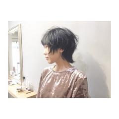 外国人風カラー 色気 マッシュ ホワイトアッシュ ヘアスタイルや髪型の写真・画像