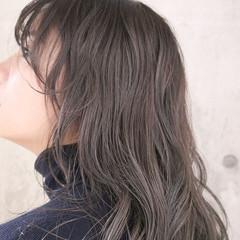 外国人風 アンニュイほつれヘア ナチュラル ミルクティーベージュ ヘアスタイルや髪型の写真・画像