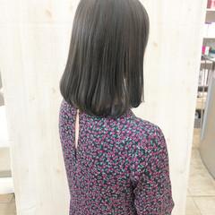 アッシュグレー アッシュグレージュ ナチュラル グレーアッシュ ヘアスタイルや髪型の写真・画像