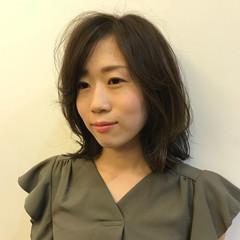 外国人風 オフィス エフォートレス フェミニン ヘアスタイルや髪型の写真・画像