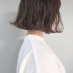 アッシュグレージュ ミルクグレージュ ミルクティーグレージュ オリーブグレージュ ヘアスタイルや髪型の写真・画像
