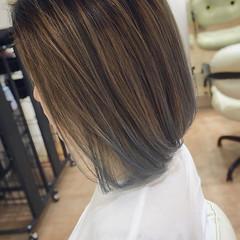 グラデーションカラー ブルー モード ブリーチカラー ヘアスタイルや髪型の写真・画像