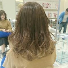 グラデーションカラー セミロング 外国人風 ガーリー ヘアスタイルや髪型の写真・画像