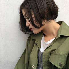 斜め前髪 外国人風 ボブ ハイライト ヘアスタイルや髪型の写真・画像