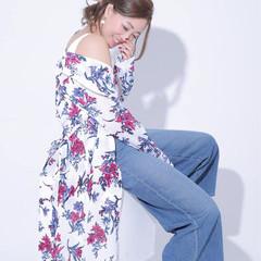 イルミナカラー ハイライト ヘアアレンジ セミロング ヘアスタイルや髪型の写真・画像