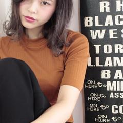 ミディアム アッシュ 透明感 ダブルカラー ヘアスタイルや髪型の写真・画像