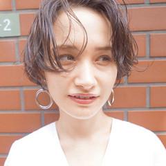 秋 ナチュラル 透明感 パーマ ヘアスタイルや髪型の写真・画像