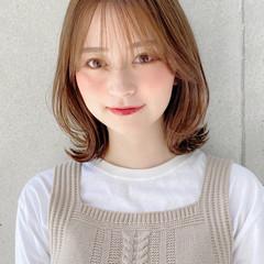 アンニュイほつれヘア ナチュラル ミディアム モテ髪 ヘアスタイルや髪型の写真・画像