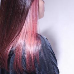 ナチュラル インナーカラー ラベンダーピンク ロング ヘアスタイルや髪型の写真・画像