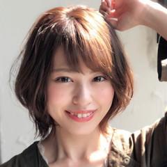 ヘアアレンジ ミディアム パーマ デート ヘアスタイルや髪型の写真・画像