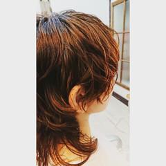 ウルフカット モード ミディアム マッシュ ヘアスタイルや髪型の写真・画像