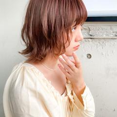 ベージュ くびれカール ボブ ゆるふわパーマ ヘアスタイルや髪型の写真・画像