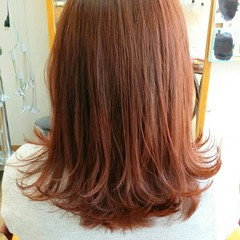 外ハネ ガーリー ショート レッド ヘアスタイルや髪型の写真・画像