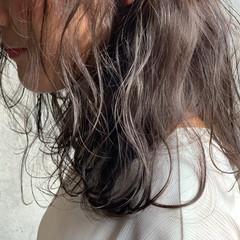 アンニュイほつれヘア エレガント セミロング 大人かわいい ヘアスタイルや髪型の写真・画像