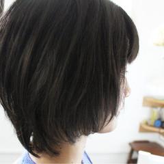 ショートボブ 大人女子 ナチュラル 色気 ヘアスタイルや髪型の写真・画像
