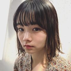 ストリート 秋 大人かわいい インナーカラー ヘアスタイルや髪型の写真・画像