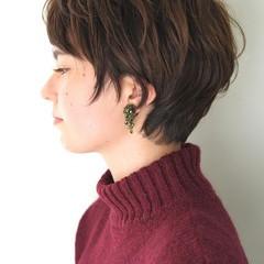 外国人風 パーマ 前髪あり 小顔 ヘアスタイルや髪型の写真・画像