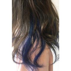 ブルー インナーカラー セミロング ストリート ヘアスタイルや髪型の写真・画像