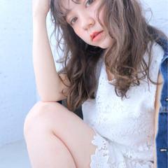 ガーリー セミロング 外国人風カラー 外国人風 ヘアスタイルや髪型の写真・画像