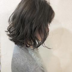 グレージュ ナチュラル ボブ 外国人風カラー ヘアスタイルや髪型の写真・画像