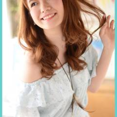 セミロング ストリート ガーリー フェミニン ヘアスタイルや髪型の写真・画像