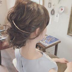 グレージュ デート ミディアム 結婚式 ヘアスタイルや髪型の写真・画像