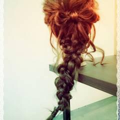 外国人風 大人かわいい ヘアアレンジ ナチュラル ヘアスタイルや髪型の写真・画像