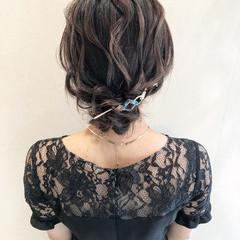 ミディアム 結婚式 まとめ髪 お呼ばれ ヘアスタイルや髪型の写真・画像