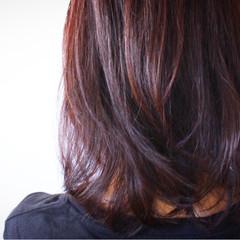 セミロング 大人女子 冬 ベリーピンク ヘアスタイルや髪型の写真・画像