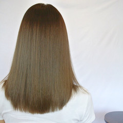 コンサバ 暗髪 グレージュ マット ヘアスタイルや髪型の写真・画像
