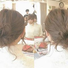 イルミナカラー ミディアム 簡単ヘアアレンジ ヘアアレンジ ヘアスタイルや髪型の写真・画像