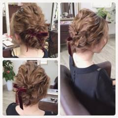フェミニン ミディアム ヘアアレンジ パーティ ヘアスタイルや髪型の写真・画像