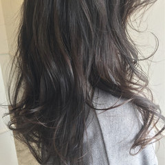 秋 アッシュ ナチュラル 暗髪 ヘアスタイルや髪型の写真・画像