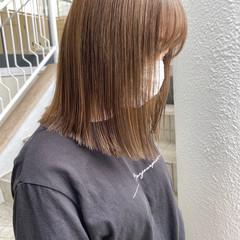 ハイトーンカラー ベージュカラー ミディアム ナチュラル ヘアスタイルや髪型の写真・画像