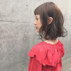 ロブ ナチュラル 透明感 カーキ ヘアスタイルや髪型の写真・画像