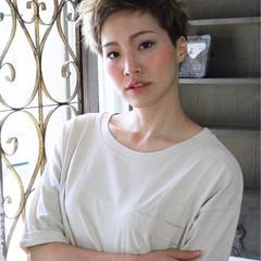 坊主 アッシュ ショート 刈り上げ ヘアスタイルや髪型の写真・画像