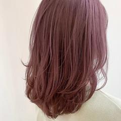 艶髪 透明感 ピンクバイオレット ミディアム ヘアスタイルや髪型の写真・画像