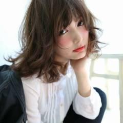 フェミニン アッシュ ストリート 大人かわいい ヘアスタイルや髪型の写真・画像
