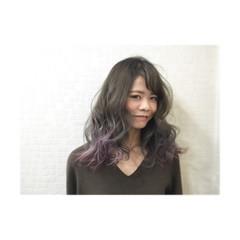 暗髪 大人かわいい グラデーションカラー セミロング ヘアスタイルや髪型の写真・画像