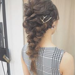 ヘアアレンジ パーティ 波ウェーブ ロング ヘアスタイルや髪型の写真・画像