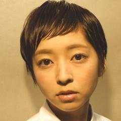 ショート 秋 モード オン眉 ヘアスタイルや髪型の写真・画像