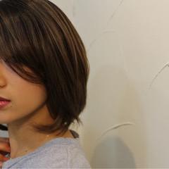 ミディアム 小顔 似合わせ ボブ ヘアスタイルや髪型の写真・画像