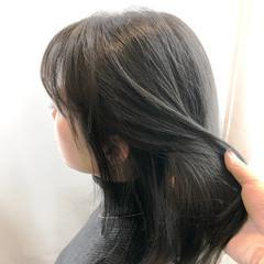 ナチュラル セミロング アッシュ オリーブアッシュ ヘアスタイルや髪型の写真・画像