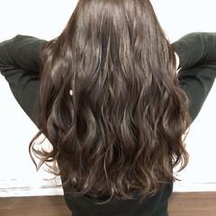 ナチュラル ロング 艶髪 ショコラブラウン ヘアスタイルや髪型の写真・画像