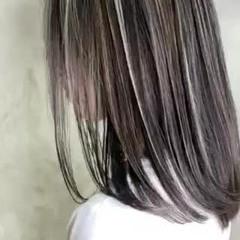 ホワイトシルバー 大人ハイライト ロング ハイライト ヘアスタイルや髪型の写真・画像