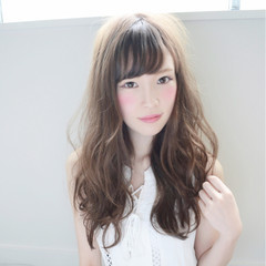 デート 小顔 ニュアンス フェミニン ヘアスタイルや髪型の写真・画像